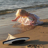 Click here & Play to Girl on Beach Jigsaw Puzzle the online game !